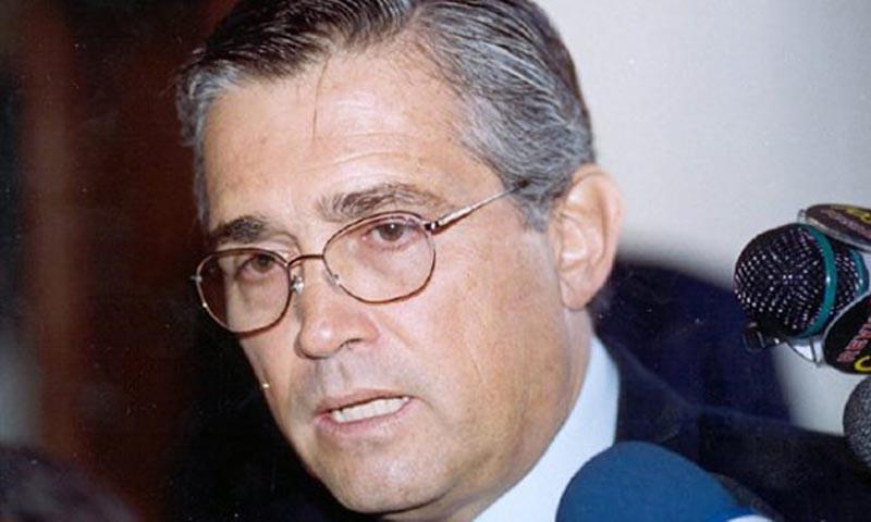 Excanciller peruano es condenado en Albania por fraude