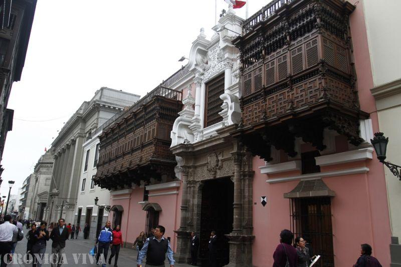 Gobierno de Maduro rechaza expulsión de su embajador en Lima — VENEZUELA
