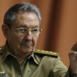Cuba: Raúl Castro destituye al presidente del Banco Central