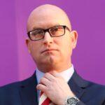 Dimite líder del eurófobo UKIP tras el descalabro electoral del partido