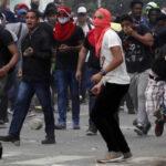 Panamá: Disturbios dejan 2 policías heridos y 4 estudiantes detenidos (VIDEO)