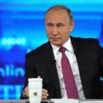 Vladimir Putin dispuesto a ofrecer asilo político a ex jefe del FBI