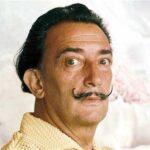 Ordenan exhumar cadáver de pintor Dalí por demanda de paternidad