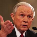 Fiscal Jeff Sessions declarará en audiencia pública sobre nexos con Rusia