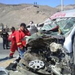 Cinco muertos tras choque entre camioneta y un camión en Puno