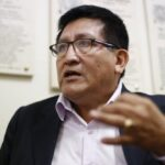 Auditor Grados se ratifica en denuncia contra el contralor Alarcón