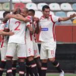 Torneo Apertura: Universitario iguala 0-0 con Sport Rosario
