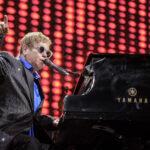 Elton John con nuevo tono roquero hace vibrar al público en Gran Canaria