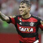 ¿Podrán resistir Paolo Guerrero y Flamengo la tentadora oferta de un equipo chino?