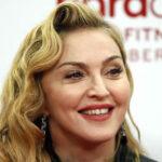 EEUU: Juez ordena detener subasta de artículos íntimos de Madonna (VIDEO)