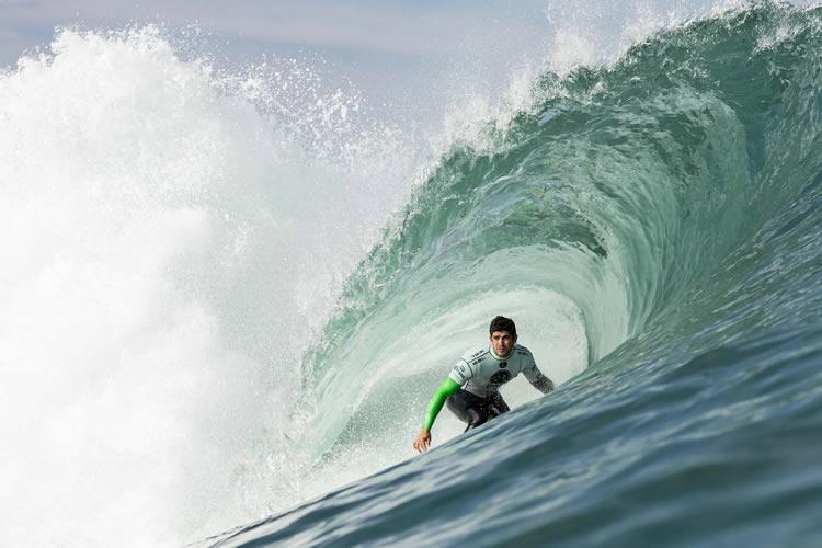 Circuito Mundial De Surf : Surfista peruano triunfa en circuito mundial de surf