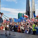 Polonia: Lech Walesa se suma a protestas contra reforma judicial