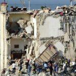 Italia: Dos muertos y 6 desaparecidos al derrumbarse un edificio