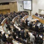 ONU: 122 países aprueban tratado que prohíbe las armas nucleares