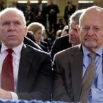 Ex directores de inteligencia critican a Trump por no hacer frente a Rusia