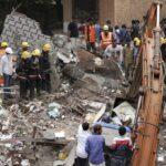 India: Suman 12 los muertos por un derrumbe de edificio en Bombay