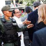 Venezuela: Evacuan Parlamento después de 9 horas de violencia