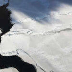 Antártida: Se desprende iceberg con más de un billón de toneladas (VIDEO)