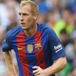 Barcelona rescinde el contrato del defensa francésJérémyMathieu