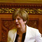 May introduce en el Parlamento proyecto que hará británicas leyes de la UE