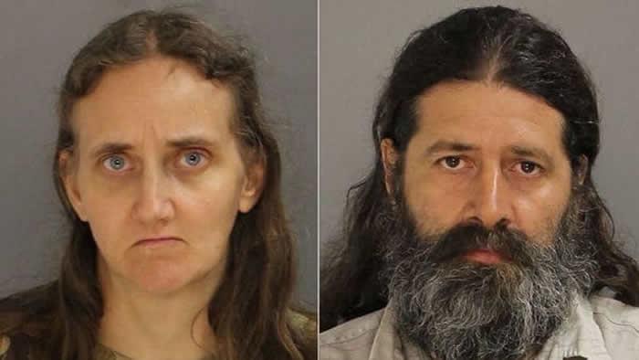 Condenan a pareja que entregó sus 6 hijas a predicador pedófilo — EEUU