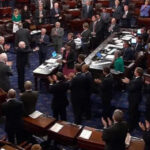 EEUU: Por un voto Senado aprobó iniciar debate sobre derogatoria del Obamacare