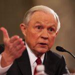 Fiscal general planea continuar en su puesto pese a ataques de Trump
