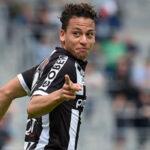 YouTube: Mira el golazo de Cristian Benavente en triunfo del Charleroi