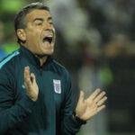 Pablo Bengoechea concentrado en los 90 minutos que faltan para ganar el Apertura