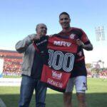 Paolo Guerrero completa 100 partidos con la camiseta del Flamengo