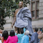 EEUU: Develan en el capitolio de Georgia estatua de Martin Luther King