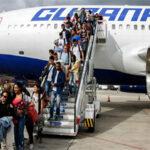 200 excombatientes de las FARC arriban a Cuba para estudiar medicina