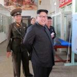 """Kim Jong-un exhibió misil nuclear """"capaz de alcanzar a Washington"""""""