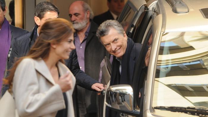 Macri fue operado por tercera vez de su rodilla derecha