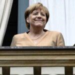 Alemania: Merkel lidera con claridad encuestas a dos meses de elecciones