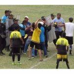 Policías hacen disparos al aire para evitar batalla campal en la Copa Perú