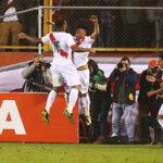 Perú gana 2-1 a Bolivia y mantiene su chance de llegar a Rusia 2018
