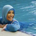 Francia: Piden a mujer que se bañó en burkini en piscina pagar su limpieza