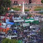 Argentina: Con masiva marcha la CGT llama a plan de lucha contra ajuste