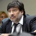 Aprueban suspender y llevar a juicio político a magistrado federal argentino