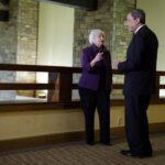 Yellen advierte riesgo de olvidar lección de crisis financiera en EEUU