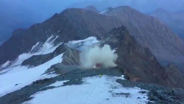 Helicóptero de rescate se estrella contra la montaña más alta de Austria