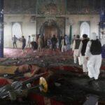 Gobierno afgano condena ataque a mezquita en Kabul con 28 muertos