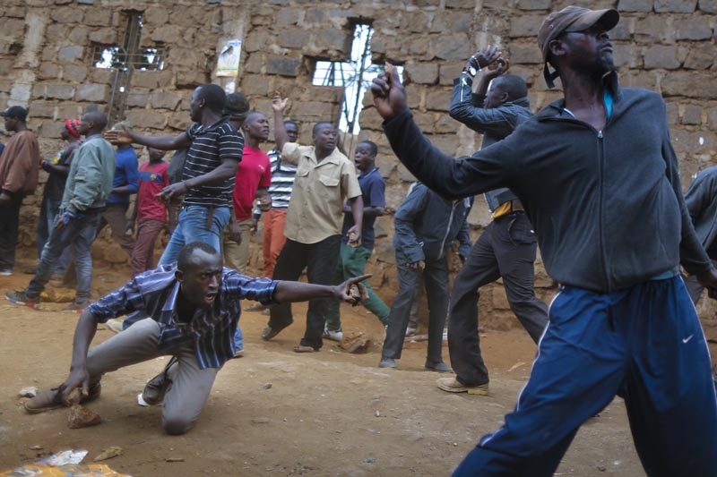 Uhuru Kenyatta gana elección presidencial en Kenia — AVANCE