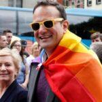"""Reino Unido: Varadkar ve """"cuestión de tiempo"""" que Belfast apruebe matrimonio gay"""
