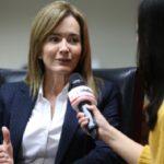 Interpelación: Marilú Martens asegura estar lista y descarta renuncia