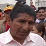 Dirigentes de maestros reclaman frente a Palacio de Gobierno