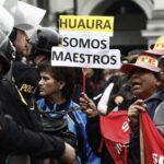 Maestros en huelga protestan en el Centro de Lima (FOTOS)