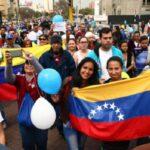Venezolanos en Perú tramitan Permiso Temporal de Permanencia