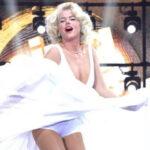 Brasil: Xuxa deslumbró cantando en su show como Marilyn Monroe (VIDEO)
